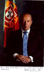 37a - Foto oficial do primeiro-ministro Pedro Santana Lopes (2005)
